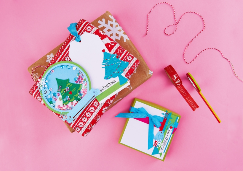Christmas tags with your free issue 112 die