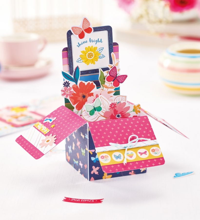 Floral exploding box card