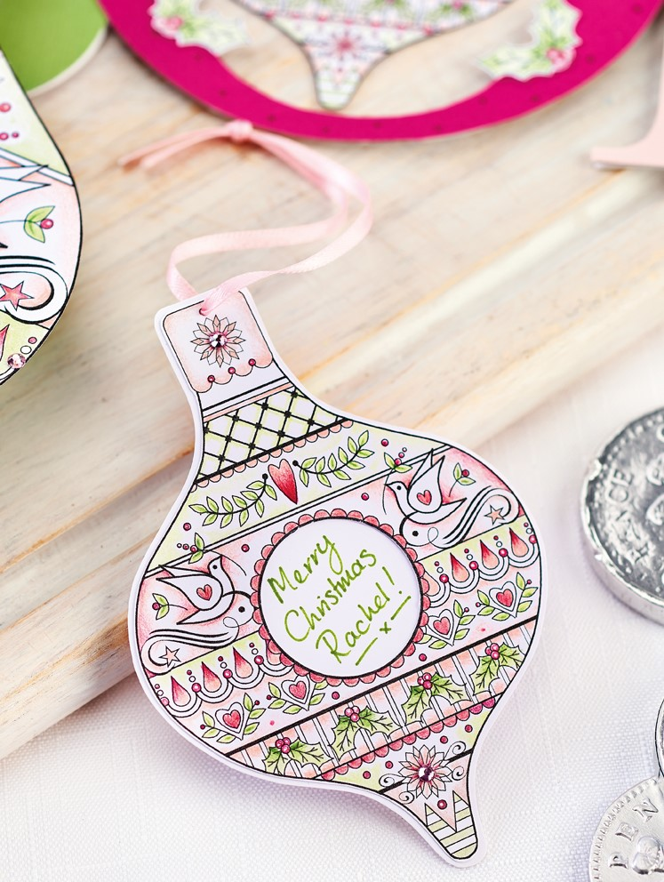 Personalised Bauble Gift Tag PaperCrafter project