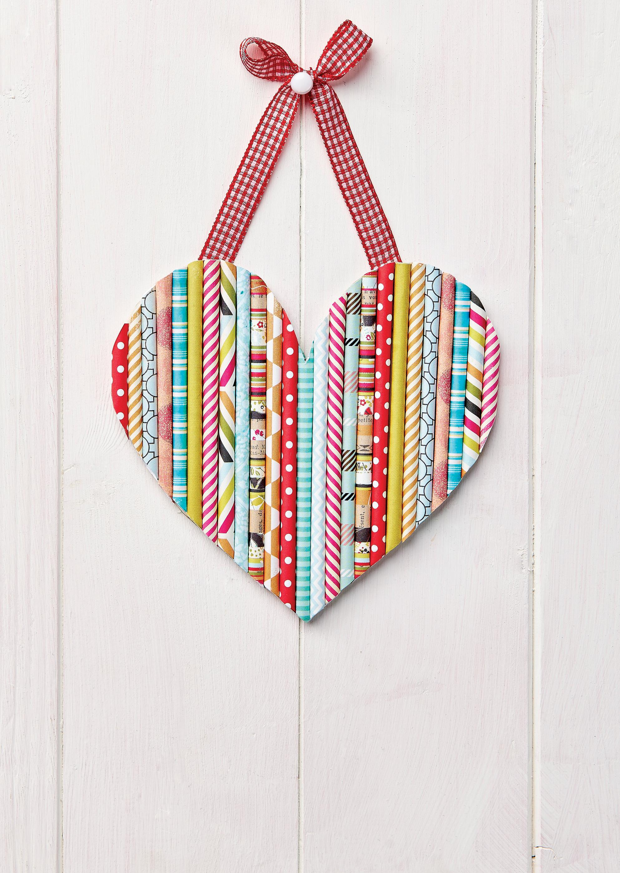 paper straw heart papercrafter project